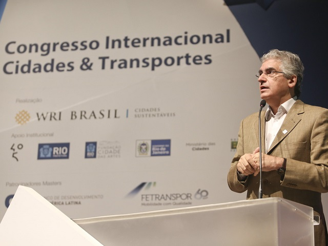 Today marked the first day of the Cities & Transport International Congress in Rio de Janeiro. More than 100 city leaders and experts assembled to speak on sustainability, mobility and urban planning. (Photo: WRI Brasil Cidades Sustentáveis)